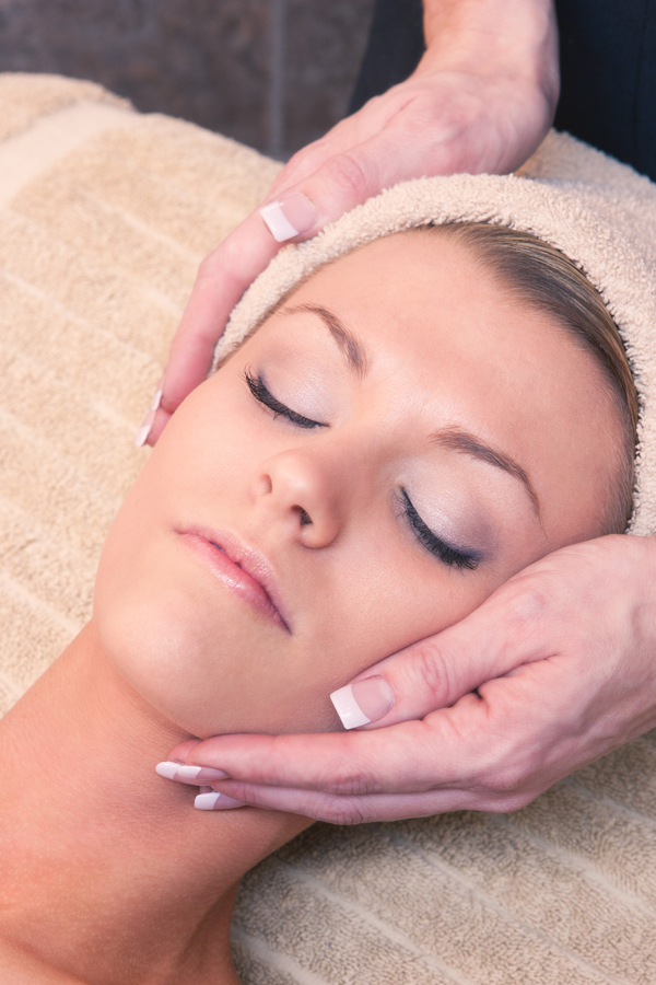 collinsville_facials_salon_spa